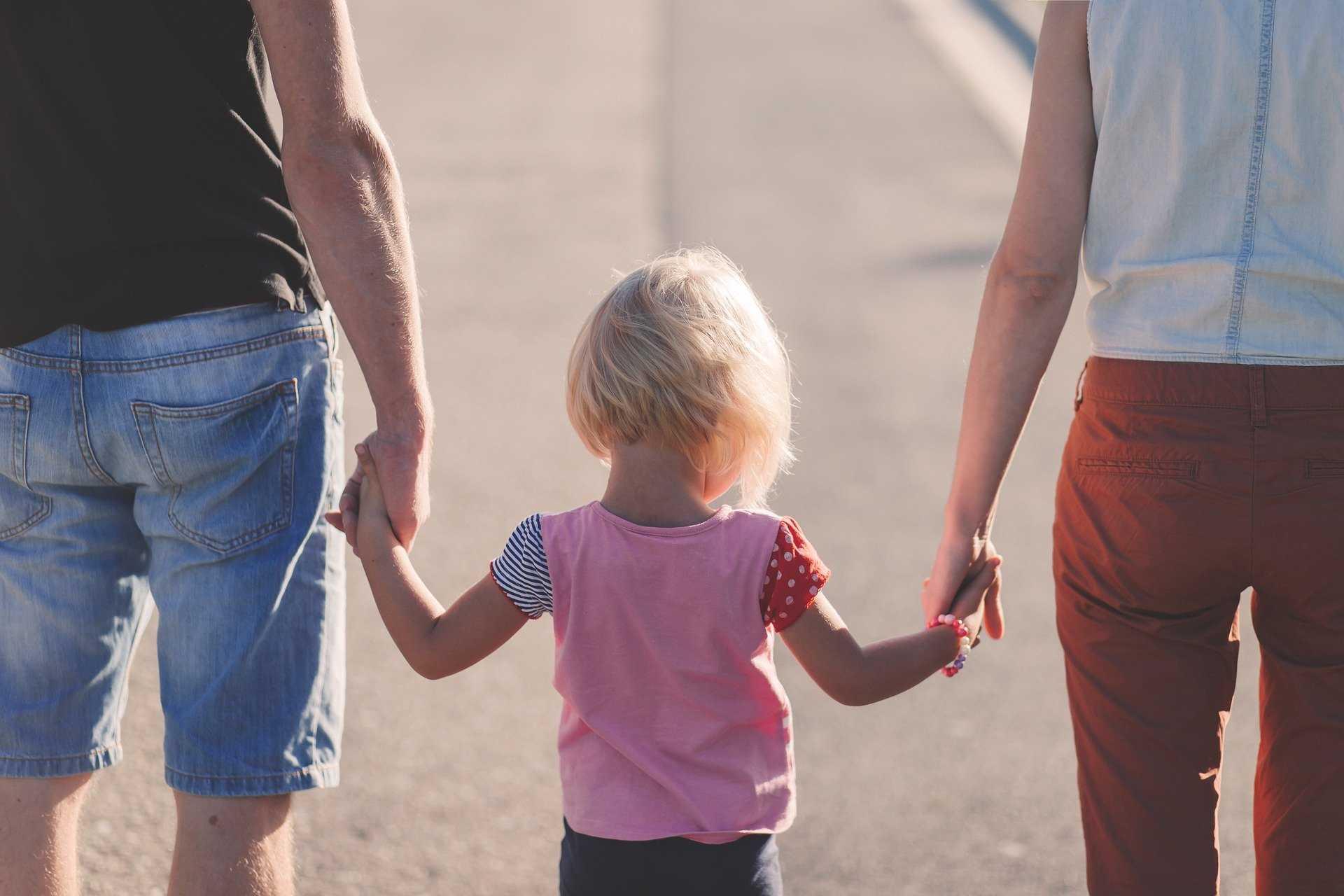 קורס קונסטלציה משפחתית - אתה לא אבי ואני לא אימך, מכללת כרכור