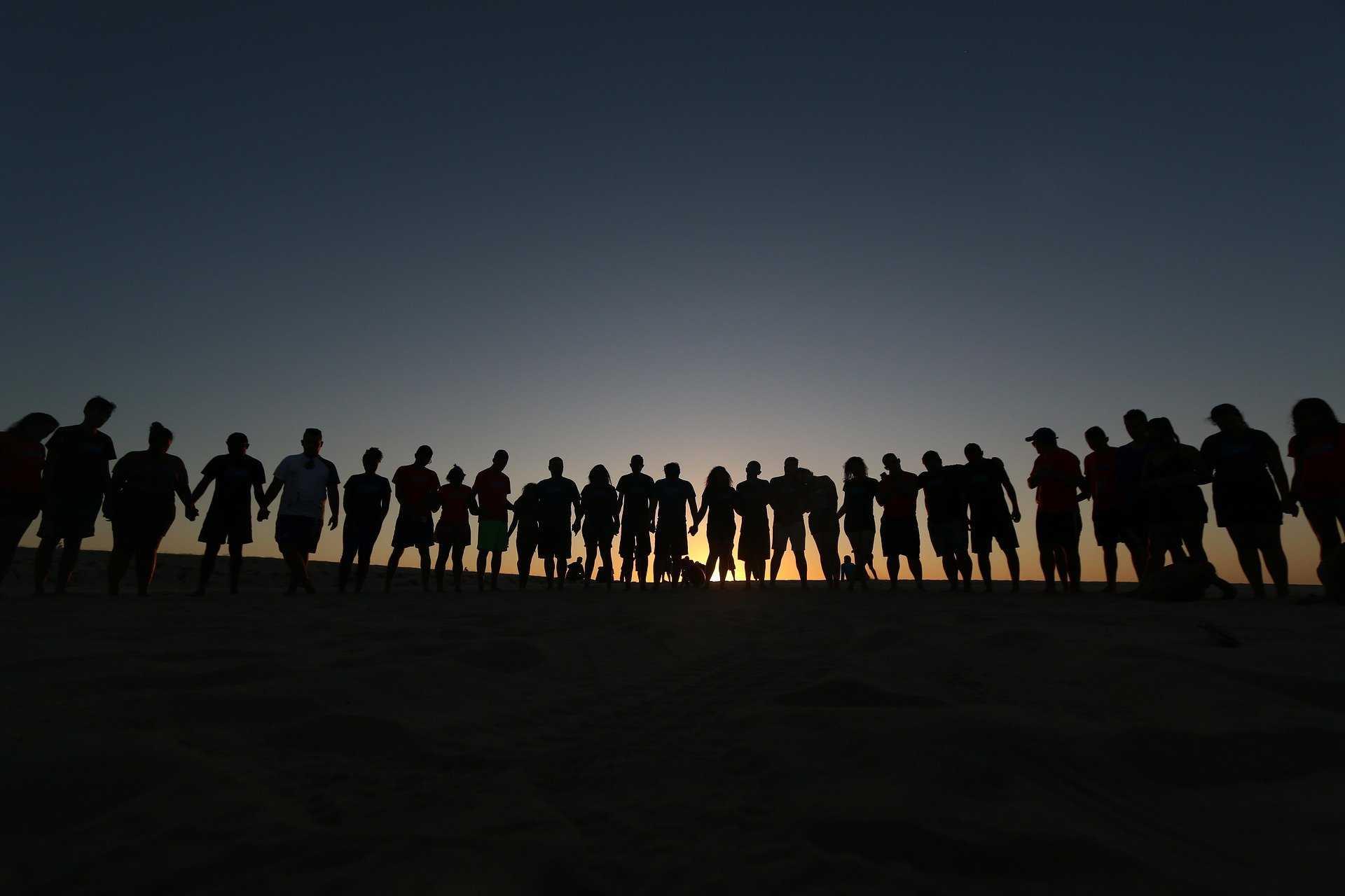 קורס הנחיית קבוצות: כוחה של קבוצה לחזק את הפרטים בה